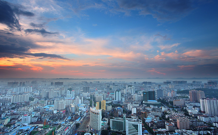 Looking, Nanning is very salubrious